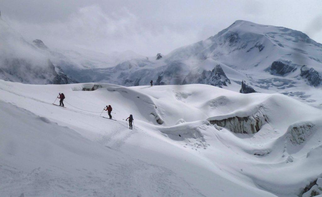 Ascension du Mont-Blanc à skis. Traversée de la Jonction. Mai 2016.